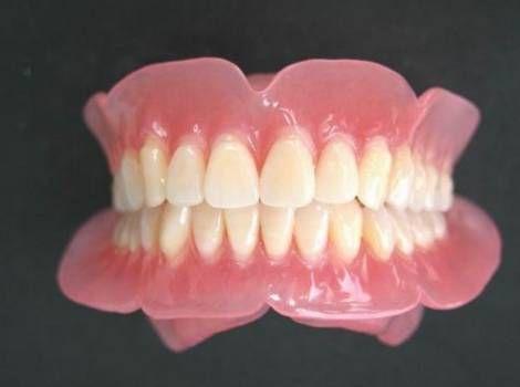 全口活动假牙