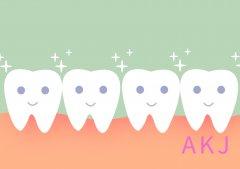 洗牙就可以让牙齿变白?这个牙齿美白误区要避开