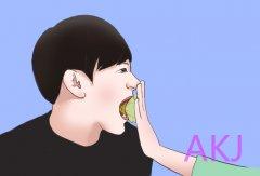 洗牙可以减轻口气吗?造成口臭的原因是啥
